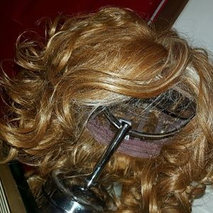 Accessories - Sherri Shepherd wig
